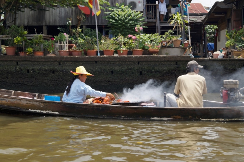 Food vendor on boat